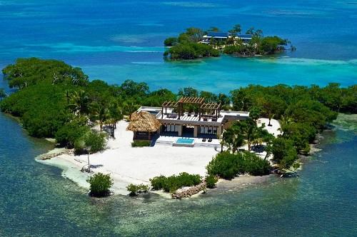 Những người khác mua giấy vệ sinh, giới siêu giàu mua đảo, du thuyền, hầm trú ẩn để tránh dịch - Ảnh 3