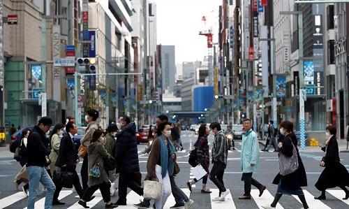 50% số người nhiễm Covid-19 ở Nhật Bản dưới 40 tuổi - Ảnh 1