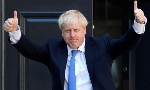 """Thủ tướng Anh """"trở lại"""" và 2 vấn đề ưu tiên cần giải quyết - Ảnh 1"""