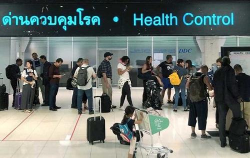 Thái Lan kéo dài tình trạng khẩn cấp thêm 1 tháng, hoãn các kỳ nghỉ lễ tháng 5 - Ảnh 1
