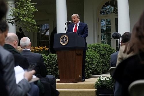 Tổng thống Trump: Những ngày tồi tệ nhất đã qua, các con số trở về 0 - Ảnh 1