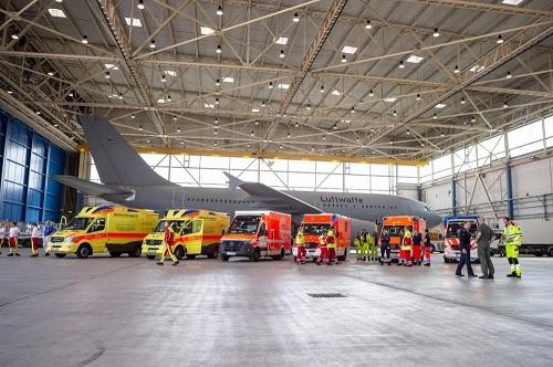 """Đức điều động """"bệnh viện bay"""" đến Italy giúp điều trị bệnh nhân mắc Covid-19 nặng - Ảnh 3"""