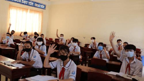 TP.HCM: Điều chỉnh khoảng cách an toàn khi học sinh quay lại trường - Ảnh 1