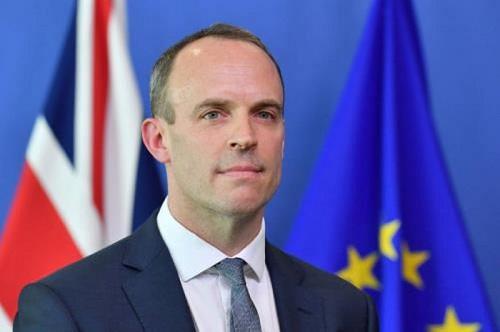 Nhân vật quyền lực tạm thời thay thế Thủ tướng Anh mắc Covid-19 là ai? - Ảnh 1