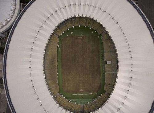 Giật mình khung cảnh hoang lạnh của những sân vận động từng diễn ra Olympic Rio 2016 - Ảnh 2