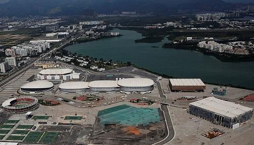Giật mình khung cảnh hoang lạnh của những sân vận động từng diễn ra Olympic Rio 2016 - Ảnh 7