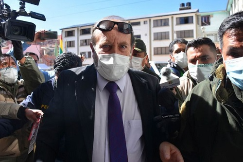 Bolivia bắt giữ Bộ trưởng Y tế vì nghi thổi giá máy trợ thở nhập khẩu - Ảnh 1