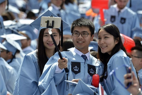 Mỹ lên kế hoạch hủy thị thực hàng nghìn sinh viên Trung Quốc - Ảnh 1