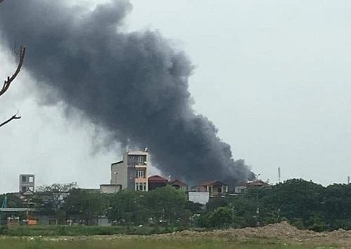 Hà Nội: Khởi tố vụ cháy lớn tại KCN Phú Thị khiến 3 người tử vong - Ảnh 1
