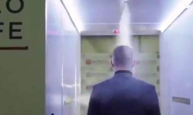 Phòng khử trùng đặc biệt bảo vệ Tổng thống Nga khỏi Covid-19 - Ảnh 2