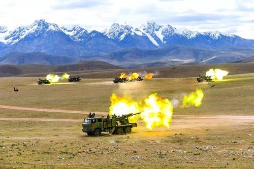 Trung Quốc tập trận bắn đạn thật ngay gần khu vực xung đột với Ấn Độ - Ảnh 2