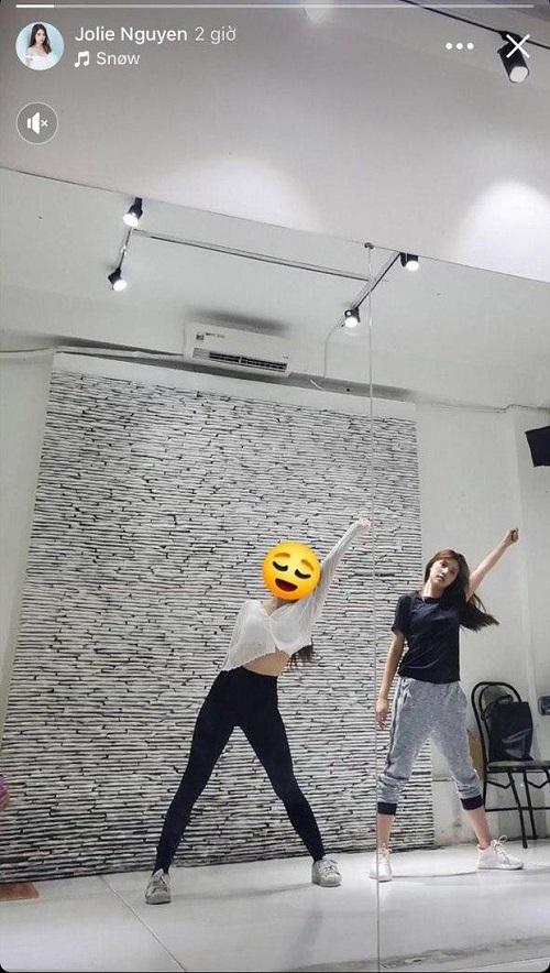Jolie Nguyễn đăng tải hình ảnh đầu tiên sau khi trở lại mạng xã hội - Ảnh 2