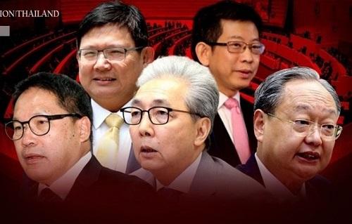 Phó thủ tướng Thái Lan cùng 3 bộ trưởng phụ trách kinh tế từ chức - Ảnh 1