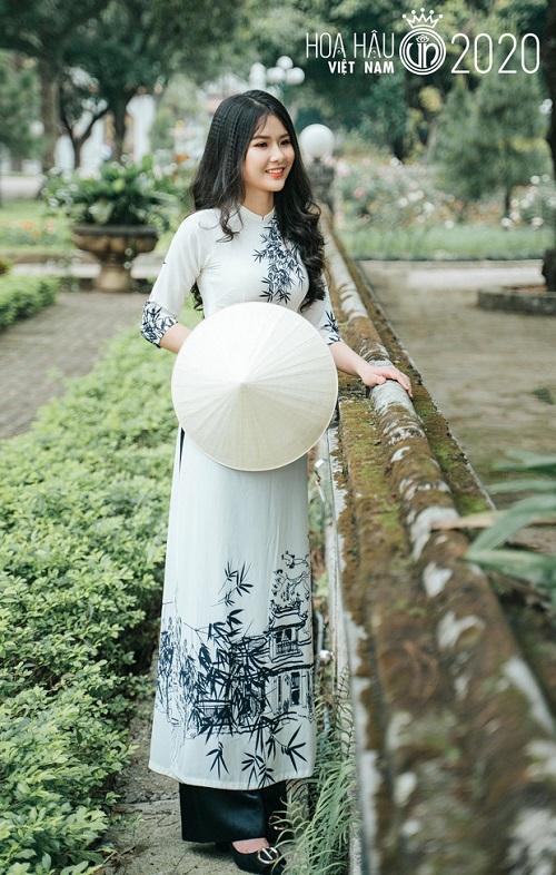 """Vẻ đẹp của thí sinh ít tuổi nhất Hoa hậu Việt Nam 2020 khiến """"các chị"""" cùng thi phải dè chừng - Ảnh 1"""
