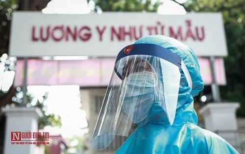 Hà Nội: Tiến hành test nhanh Covid -19 cho người dân từ Đà Nẵng trở về - Ảnh 4