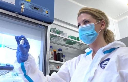 Nga công bố video sản xuất vaccine Covid-19: 20 nước đặt mua 1 tỷ liều, Mỹ hoài nghi sự an toàn - Ảnh 1