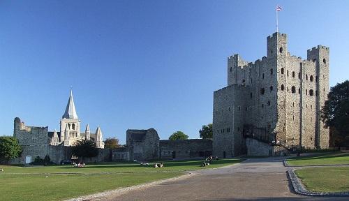 """10 tòa lâu đài cổ tráng lệ nhất thế giới, tới một lần là cả đời """"đắm say"""" - Ảnh 5"""