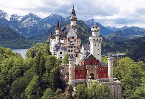 """10 tòa lâu đài cổ tráng lệ nhất thế giới, tới một lần là cả đời """"đắm say"""" - Ảnh 6"""