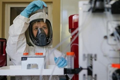 """Nga tiết lộ lý do chỉ mất 5 tháng để điều chế vaccien Covid-19 """"Sputnik V"""" - Ảnh 1"""
