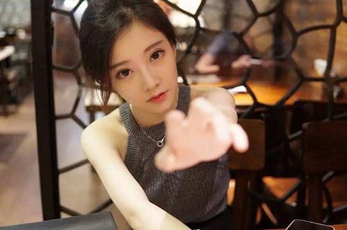 """3 hot girl đình đám xứ Trung """"chuyển mình"""" thành minh tinh, có người nên duyên với ảnh đế - Ảnh 3"""