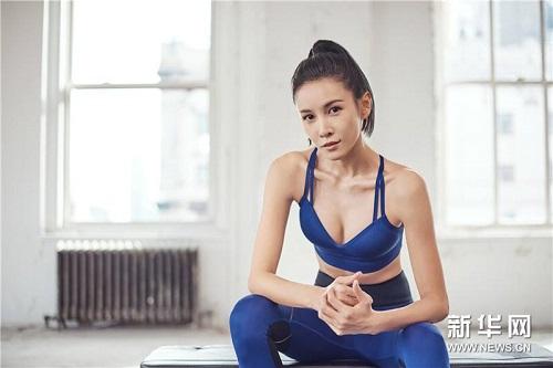 6 sao nữ Hoa ngữ sở hữu kung fu thực thụ: Người xinh đẹp quyến rũ, người là sư tỷ của Thành Long - Ảnh 2