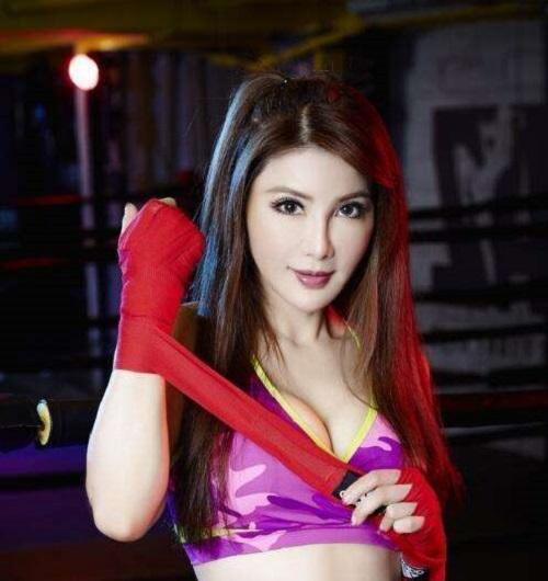 6 sao nữ Hoa ngữ sở hữu kung fu thực thụ: Người xinh đẹp quyến rũ, người là sư tỷ của Thành Long - Ảnh 5