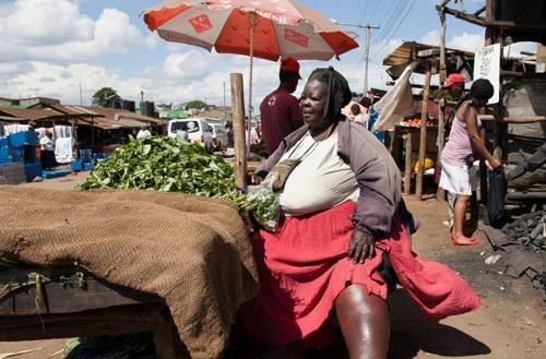 """Người phụ nữ nặng 300kg và trải qua 6 lần sinh nở, nhưng lại là """"đệ nhất mỹ nhân"""" khiến bao đàn ông theo đuổi - Ảnh 1"""