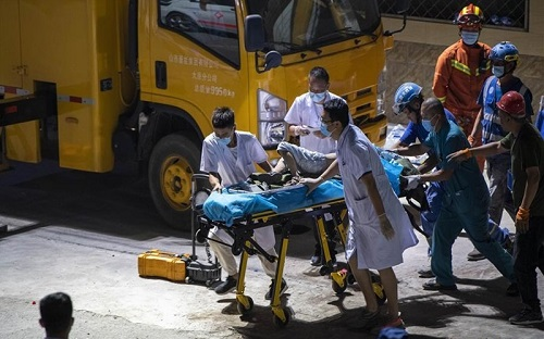 Vụ sập nhà hàng kinh hoàng tại Trung Quốc: 29 người thiệt mạng - Ảnh 3