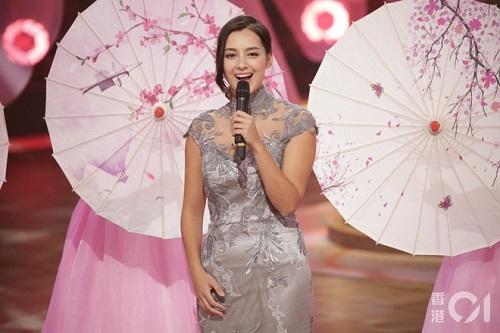 """Nhan sắc say đắm của """"bông hồng lai"""" vừa đăng quang Hoa hậu Hong Kong 2020 - Ảnh 4"""