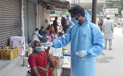 Thế giới vượt 30 triệu ca nhiễm COVID-19, nhiều gấp 5 lần người mắc bệnh cúm hằng năm - Ảnh 2