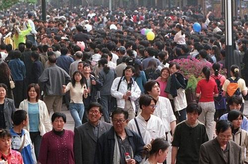 Trung Quốc chuẩn bị tổng điều tra dân số gần 1,4 tỷ người - Ảnh 1