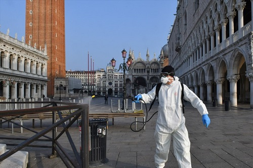 Thế giới hơn 32,4 triệu người nhiễm COVID-19, châu Âu ghi nhận số ca mắc trong ngày cao kỷ lục - Ảnh 1