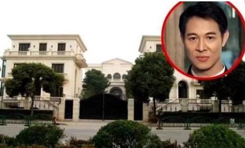 Gia sản sao kungfu Hoa Ngữ: Lý Liên Kiệt bỏ hoang biệt thự 600 tỷ, Thành Long có 2 căn hộ thượng lưu ở Bắc Kinh - Ảnh 1