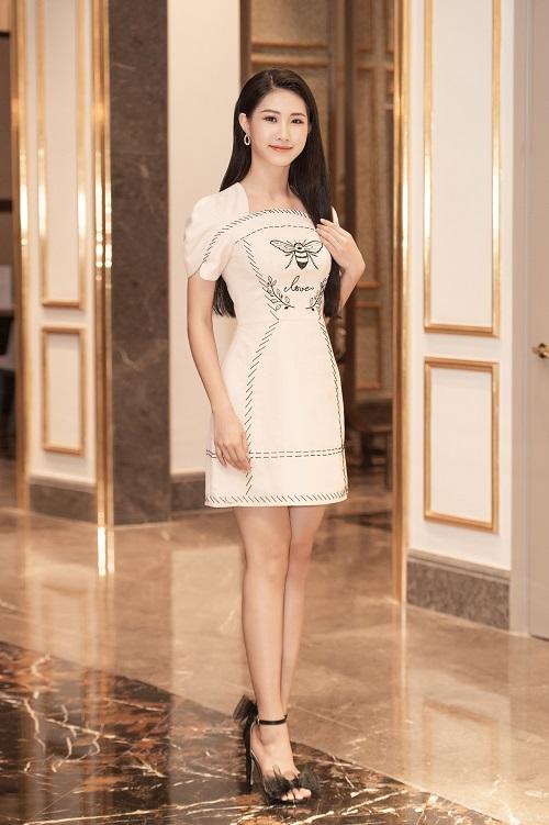 """Ngắm nhan sắc """"hoa nhường nguyệt thẹn"""" của các thí sinh tham dự vòng sơ khảo phía Bắc Hoa hậu Việt Nam 2020 - Ảnh 6"""
