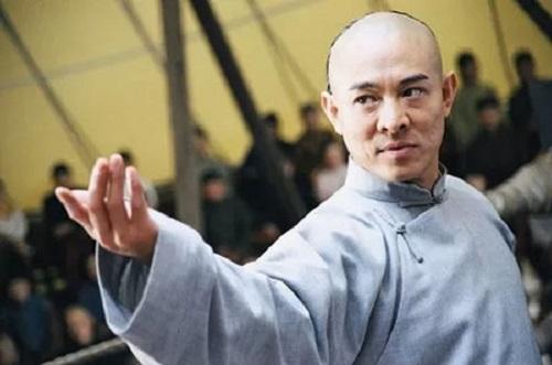 Những minh tinh của điện ảnh Hoa ngữ nhưng không phải người Trung Quốc, người bỏ cả tỷ USD mà không thể quay về - Ảnh 1