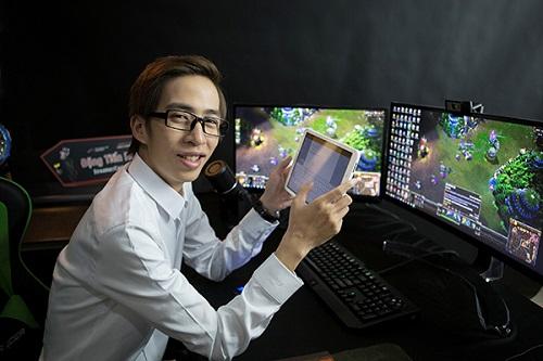 """Những streamer Việt tài năng """"sinh ra đã ở vạch đích"""" - Ảnh 1"""