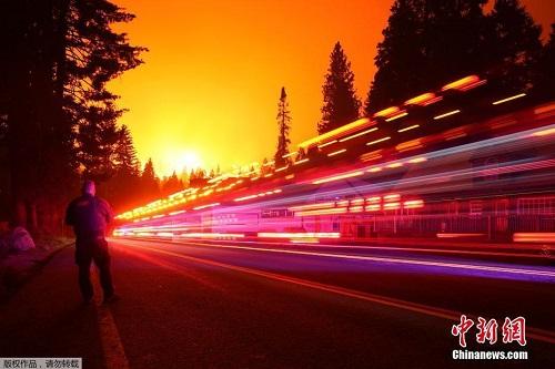 Chùm ảnh: Thảm họa cháy rừng ở California, diện tích rừng bị phá hủy bằng 10 thành phố New York - Ảnh 2