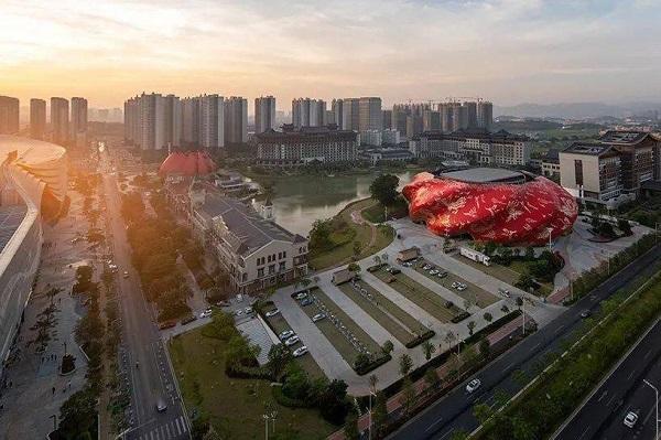 Tòa nhà xấu xí nhất Trung Quốc: Rộng hơn 30.000m2, ý tưởng nhân văn nhưng lại gây nhức mắt - Ảnh 2
