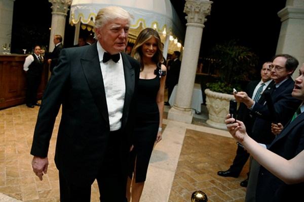 """Tổng thống Trump cho khách mời """"leo cây"""" trong tiệc giao thừa - Ảnh 1"""