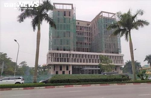 Tình hình sức khỏe các nạn nhân trong vụ rơi thang máy 11 người thương vong ở Nghệ An - Ảnh 1