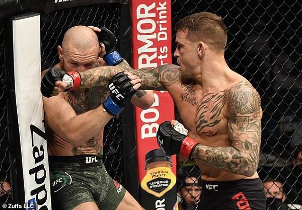 """""""Gã điên"""" McGregor bị bại tướng Poirirer đấm knock-out trong lần tái xuất - Ảnh 2"""