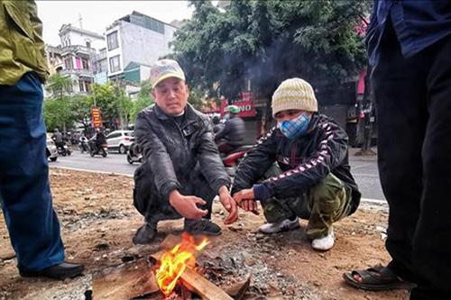 Nhiệt độ thấp nhất của Hà Nội xuống dưới 10 độ, Bắc bộ rét nhất kể từ đầu mùa - Ảnh 1