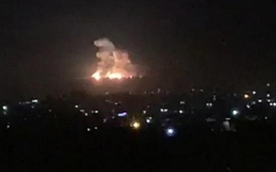 Tình hình chiến sự Syria mới nhất ngày 4/2: Nga dội bom vào khủng bố ngay trước mặt UAV Thổ Nhĩ Kỳ - Ảnh 2