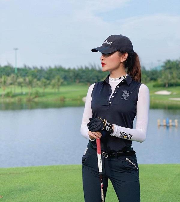 Á hậu Huyền My lại biến sân golf thành sàn catwalk với trang phục lịch lãm, khoe chân dài hút mắt - Ảnh 7