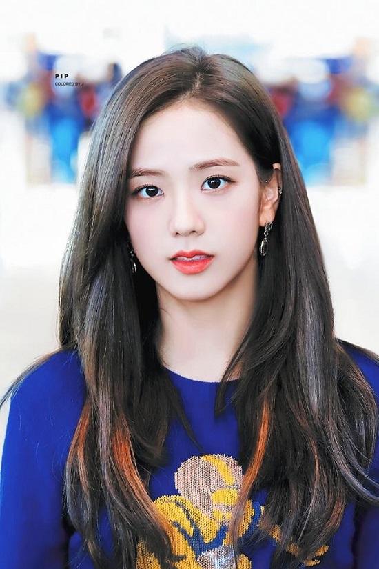 Jisoo (Black Pink) được chuyên gia bình chọn là nữ thần tượng có gương mặt tự nhiên đẹp nhất - Ảnh 1