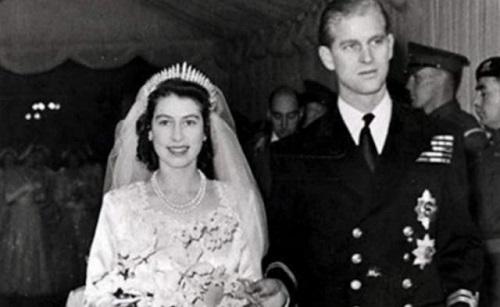 Nhan sắc thời trẻ của Nữ hoàng Anh: Được ví như Nữ vương cổ tích, chồng nguyện bỏ ngai vàng để ở bên - Ảnh 5