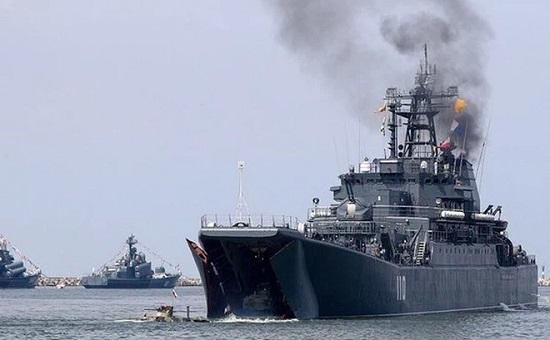 Tình hình chiến sự Syria mới nhất ngày 7/3: Tàu chiến Nga dội tên lửa khiến hàng chục người thương vong - Ảnh 1