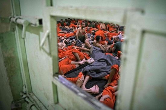 Tình hình chiến sự Syria mới nhất ngày 2/4: Mỹ chuyển 40 khủng bố IS ra khỏi nhà tù ở Hasakah - Ảnh 1