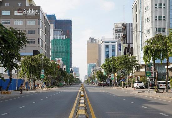 Số ca mắc COVID-19 ở Campuchia liên tiếp lập kỷ lục, thủ đô mở kho lương - Ảnh 1