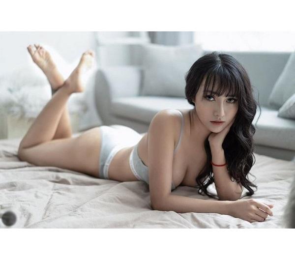 Nữ DJ Sài thành xinh đẹp khoe vóc dáng nóng bỏng, cong hơn cả đường đua F1 - Ảnh 6